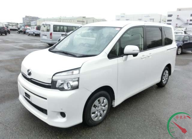 2011 Toyota Voxy (#3411) full